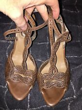 Bottega Veneta Italy brown woven leather laser cut heels sandals 40 1/2 9 1/2