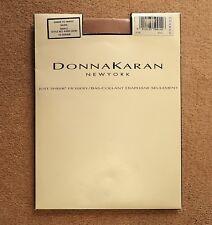 Donna Karan Nueva York sólo Sheer Medias Tamaño Pequeño 10 Denier desnuda Calzas Dkny
