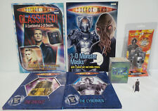 DOCTOR WHO : TRADING CARDS, BOOKS, KEY RING & SMALL STANDEE BUNDLE (BP)