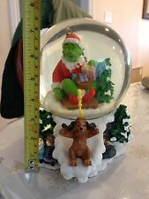 UNIVERSAL SIDESHOW HOW THE GRINCH STOLE CHRISTMAS 200 SNOW GLOBE DR. SEUSS