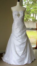 Cizzy Bridal clear white wedding gown sweet heart neck size 12 USED