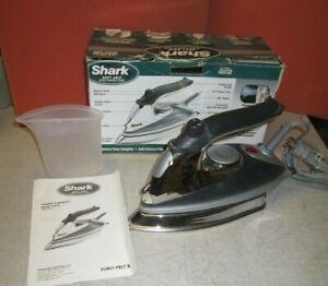 Shark  Iron,  GI472W, 120V 60Hz 1600w w/water flask & manual,  by Euro Pro