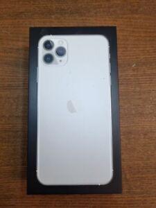 iPhone 11 Pro Max 256Gb - Silver - Network unlocked - NEW