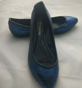 Internacionale Size 6 Blue Flat Sparkly Shoes Party Holiday Cruise