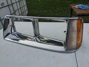 86 87 88 CHRYSLER LEBARON Convertible Headlight Bezel CORNER LIGHT CHROME Driver