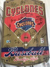 Brooklyn Cyclones 2011 Team Signed Wooden sign