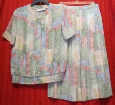 Women's Alfred Dunner Pleated Skirt and Top Set Size 8/10 Excellent