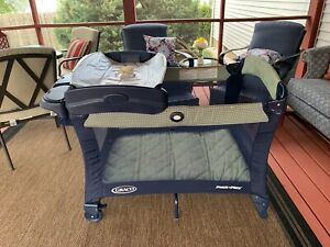 Graco Pack 'n Play Blue Portable Playard w/ Diaper,Wipe,etc. Holder & Changer
