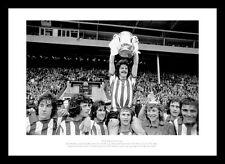 Sunderland 1973 FA Cup Final Team Celebrations Photo Memorabilia (388)