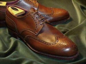 Chaussures à la main en cuir marron Oxford Brogue Wingtip faites à la main pour