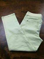 Women's Chico's Platinum Sz 0 (4) Regular Lime Green Denim Jeans Slim Leg Capri