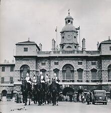 LONDRES c. 1957 - Caserne Horses Guards  Angleterre - Div 10337