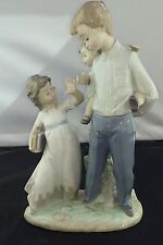 Lladro 5702 - Back To School - Mint condition