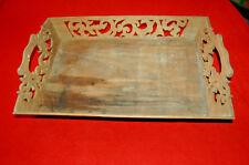 ANCIEN  PLATEAU DE SERVICE EN BOIS SCULPTÉ