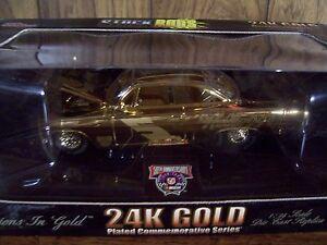 TERRY LABONTE 24K GOLD STOCKROD KELLOGG'S 1/24 SCALE NASCAR CAR HOOD OPENS