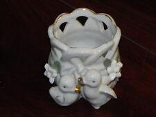 kleiner Übertopf aus Porzellan weiß mit Vogelmotiv ca. 6,5x7,5cm (gebraucht) 01