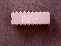 D7242 - Intel Integrated Circuit MIL-SPEC 7242 Bubble Memory FSA (CERDIP-20)
