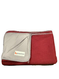 Qantas - Business - Class - RARE - Blanket - Red - Wool - COLLECTABLE - Large
