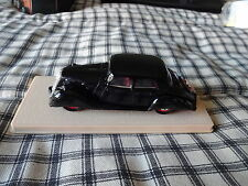 Eligor France 1937 Panhard Dynamic Berline w/ case 1/43 scale  xlnt