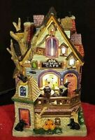 Lemax Spooky Town RAVEN'S ROOST BREWERY & CAFE #95457 WITH SIGN! BRAND NEW