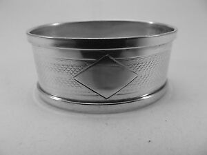 HM Silver Oval Napkin Ring (360a) - Birmingham 1931 Henry Griffiths