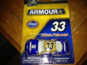 Armour Kevin Harvick #33 Diecast 1/64 Action Race Car