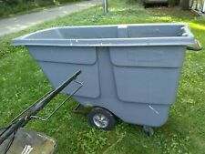 Rubbermaid 1314 Utility Duty 1 Cu. Yard Tilt Truck - used (Local Pick Up Only)