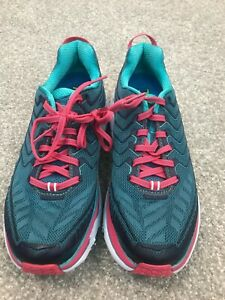 Women HOKA CLIFTON 4   tennis running walking shoes EUC 6