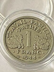 1 Franc Lucien Bazor Francisque Légère 1944 Petit c en SUP Tres Rare