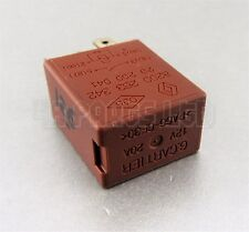 R126/ Renault Clio Laguna Megane Scenic Trafic Brown Relay 8200263342 12V 20A