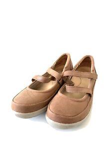 Ziera Super Support Womens Beige Women's Comfort Flats - Size 37W