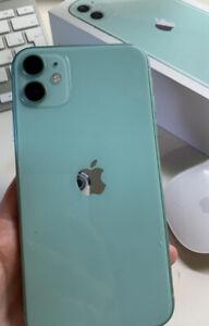 Apple iPhone 11 - 64GB - Green (Unlocked) A2111 (CDMA + GSM) (CA)