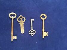 Lot of 4 Vintage Keys, Skeleton Keys, Brass Barrel Keys And Others With Key Ring