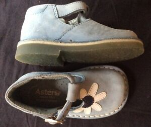 Aster Lavender Suede Leather Shoes Size 21 France 5 - 5.5 US Infant Girl EUC