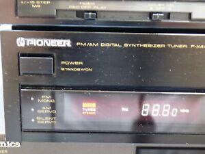 Pioneer F-X440L AM FM Tuner Digital Synthesizer CCTS Silent Servo Hi Fi Japan