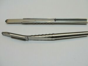 2 bone scrapers 1 straight 1 curved dental implantology surgical instruments