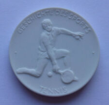 Tennis Meissen porcelain medal