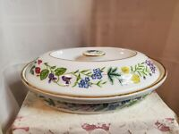 Royal Worcester Porcelain Arcadia Medium Covered Casserole Dish vented Lid 1988