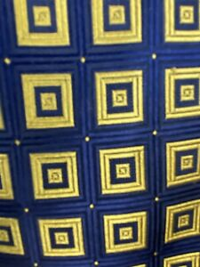 NWT Bachrach Men's silk Geometric Necktie Blue White Gold