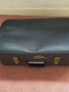 Small vintage case