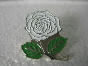 White rose pin badge. Lapel. Brand new. Yorkshire. Large design. Green leaves