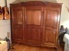 French Louis XV Three Door Oak Armoire in good antique condition,