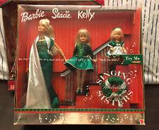 2000 SINGING HOLIDAY SISTERS BARBIE STACIE KELLY DOLL SET MATTEL NIB Still Sings