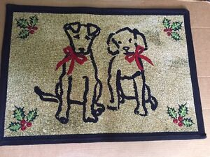 Park B Smith Puppy Dog Mat Rug CHRISTMAS Red Bows Holly Berries Large 19x27 NEW