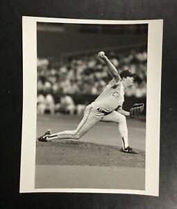 Greg Maddux Original Vintage 1992 Press Photo Chicago Cubs 8x10 Photograph B&W