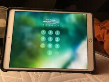 Apple iPad Pro 64GB, Wi-Fi, 10.5 in - Silver-Great Condition