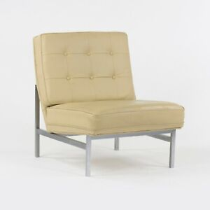 1960s Florence Knoll Associates Armless 2551 Lounge Chair with Park Avenue Label