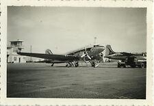 PHOTO ANCIENNE - VINTAGE SNAPSHOT - AVION DC-3 TUNIS AIR ALGER - PLANE 1958