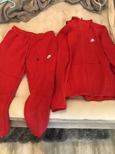 230$ Mens Red Nike Tech Suit Fleece Hoodie Joggers Medium / Small