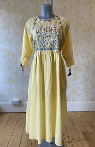 ETHNIC by OUTFITTERS FUSION lemon yellow daisy embroidered midi dress SMALL